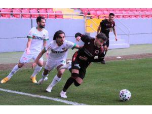 Süper Lig: Gençlerbirliği: 2 - Aytemiz Alanyaspor: 1 (Maç Sonucu)