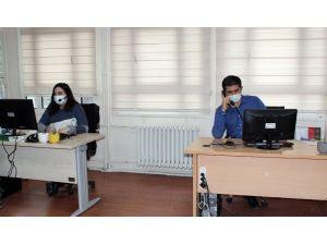 Pandemiden Etkilenen Vatandaşlari İçin 'Korona Virüs Psikososyal Destek Ve Danışma Hattı' Kuruldu