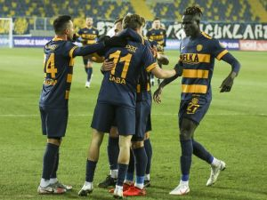 Süper Lig : Mke Ankaragücü: 1 - Kasımpaşa: 0 (İlk Yarı)