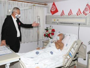 """Başkan Yılmaz'dan """"Amigo Ali Dayı""""ya Geçmiş Olsun Ziyareti"""