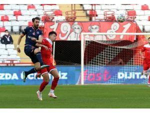 Süper Lig: Ft Antalyaspor: 0 - Medipol Başakşehir: 0 (İlk Yarı)