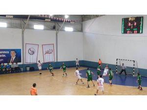 Mamak Belediyesi Hentbol Takımı, Mersin'den Galip Döndü