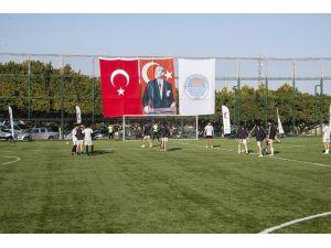 Büyükşehir Belediyesinden Atatürk'ün Mersin'e Geliş Gününe Özel Futbol Turnuvası