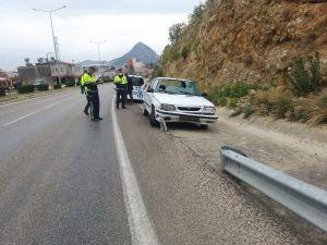 Kozan'da Trafik Kazaları: 3 Yaralı