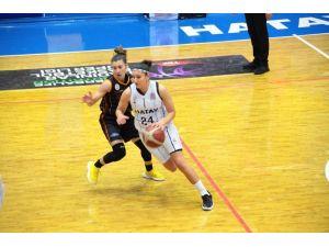 Kadınlar Basketbol Süper Ligi: Hatay Büyükşehir Belediyespor: 63 - Galatasaray: 74