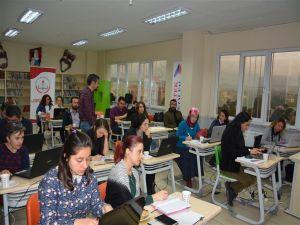 Edremit Öğretmenleri Erasmus Projelerine Hazırlanıyor