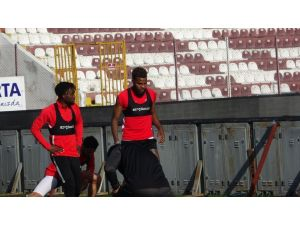 Aaron Boupendza, Gol Orucunu Bozmak İstiyor