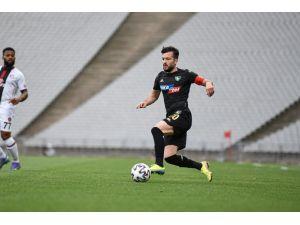 Denizlispor'dan Ayrılacak 4 Futbolcunun İsmi Netleşmeye Başladı