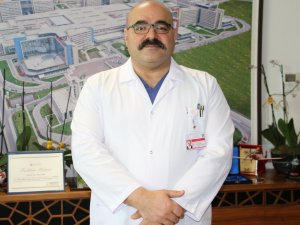 """Ankara Şehir Hastanesi Koordinatör Başhekimi Op. Dr. Surel: """"Açtığımız Kadar Randevu Oluşuyor, Onda Da Yüzde 100'e Yakın Bir Oranda Aşılama Gerçekleşiyor"""""""