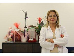 """Bilim Kurulu Üyesi Prof. Dr. Turan Uyardı: """"Aşılanmamış Grup Çok Büyük Akciğer Enfeksiyonuyla Karşımıza Geliyor"""""""