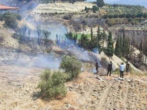 Samandağ'da Polisler Yangını Büyümeden Söndürdü