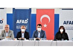 """Bakan Kurum:"""" Muğla ve Manavgat'ta bin 100 binanın yıkım çalışmasını tamamladık"""""""