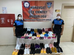Manavgat polisi yangın bölgesinde ayakkabı dağıttı