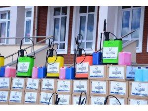 Kahramankazan'da Okullara 20 Tonluk Temizlik Ve Dezenfekte Malzemesi Desteği