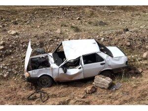 Nallıhan'da bir araç şarampole uçtu: 1'i ağır 3 yaralı