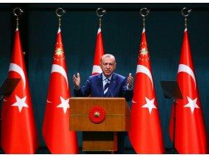 """Cumhurbaşkanı Erdoğan: """"Park ve bahçelerde yatanların bir kısmının öğrencilikle alakası yok"""""""