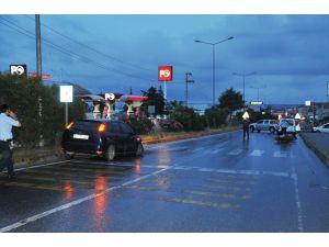 Otomobilin Çarptığı Motosiklet Sürücüsü Ağır Yaralandı