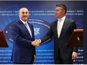 Bakan Çavuşoğlu, Makedonya Dışişleri Bakanı Dimitrov ile görüştü