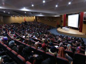 Bingöl'de 'Gençlik Ve Şehir' Paneli