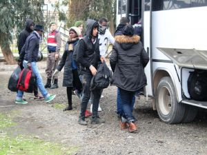 Ayvalık'ta 47 Mülteci Yakalandı