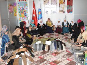 Şırnaklı Kadınlar Mehmetçik İçin Ördü