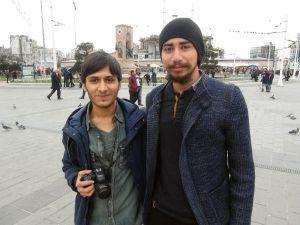 Taksim Meydanı'nda Psikoloji Öğrencilerinden İlginç Sosyal Deney