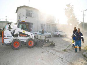 Büyükşehir'den Tuzla'da Çevre Temizliği