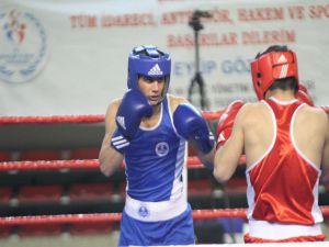 Kağıtsporlu Boksörler, Türkiye Şampiyonası'nda 3 Madalya İle Döndü