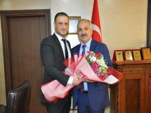 Matbaacılardan Esob Başkanı Dinçer'e Ziyaret