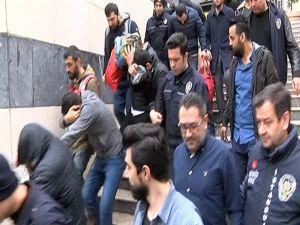 Telefonla Vatandaşları Dolandıran Çeteye Operasyon: 33 Gözaltı