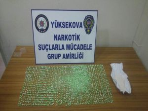 Yüksekova'da Bin 380 Adet Extacy Hap Ele Geçirildi