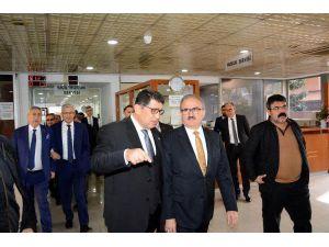 Vali Karaloğlu AESOB'u ziyaret etti
