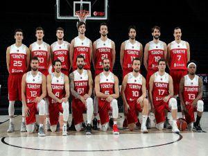 A Milli Erkek Basketbol Takım'ı Basınla Buluştu