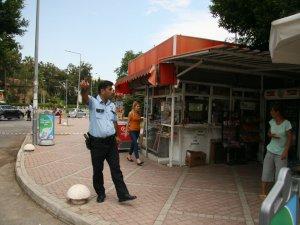 Antalya'da şüpheli kutu fünyeyle patlatıldı