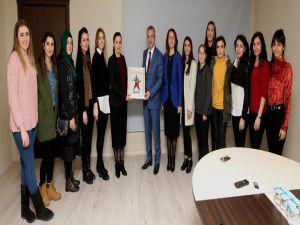 Kadın Antrenörler, Başkan Köşker'i Ziyaret Etti