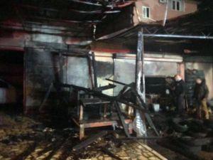 Alanya'da İşyeri Yangını Korkuttu