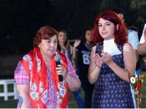 Ahmet Şık'ın annesi: Adaletin olmadığı yerde yaşam olmaz