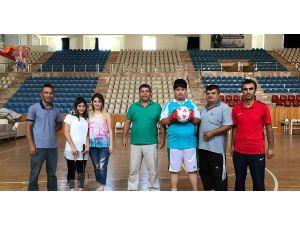 Engelli çocuklara spor okulu