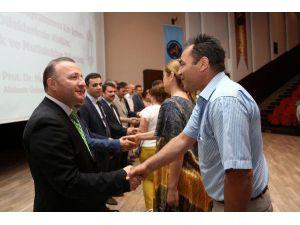 Akdeniz Üniversitesi'nde bayramlaşma töreni
