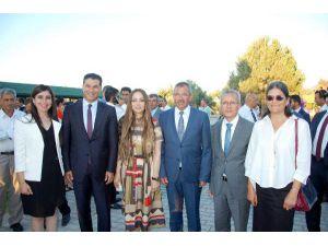 Lapta'da Atatürk Heykeli açılışı