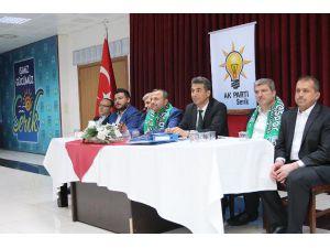 Ak Parti Serik'te danışma meclisi toplantısı