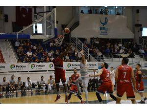 Türkiye Basketbol 1. Ligi: Petkimspor: 65 - Bahçeşehir Koleji: 90