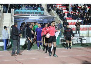 Karaman'da ilk kez gece maçı oynandı