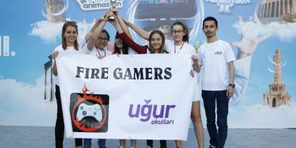 Mucit öğrenciler 'dijital turizm' için yarıştı
