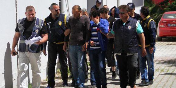 Alanya'da operasyon 21 gözaltı