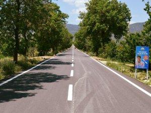 Korkuteli'ye sıcak asfalt