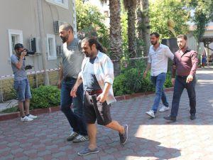 FETÖ'den aranan komiseri saklayan otel sahibi yakalandı
