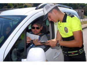 Polisten sürücülere bayram uyarısı