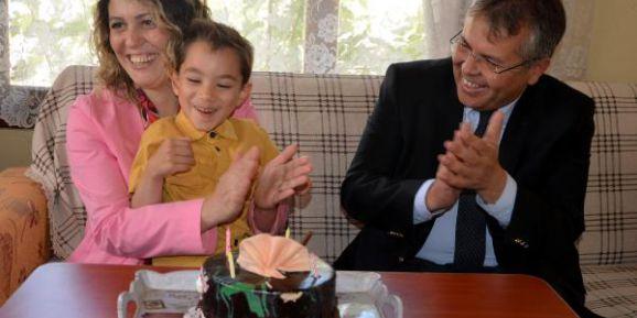Başkan Öztekin'den özel bireylere sürpriz