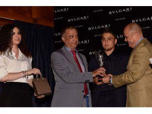 Cengiz Ünder'e en başarılı yabancı oyuncu ödülü